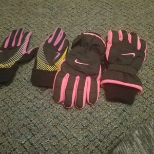 Nike winter gloves and liners